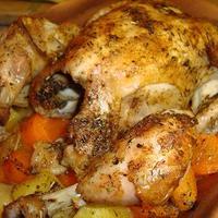 Csirke zöldségen
