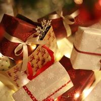 Hogyan éld túl a karácsonyi ajándék hajrát!