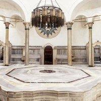 Lélegzetelállító fürdők a nagyvilágból