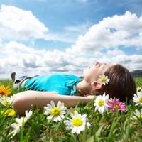 Tavaszi utazás? Fizesd gyorsan és egyszerűen, a mobiloddal!