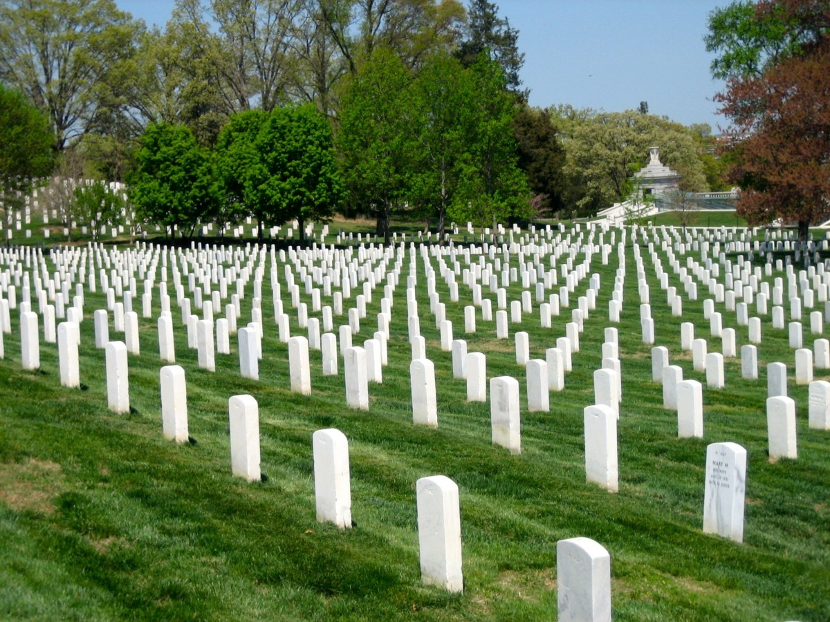 arlington_national_cemetery_washington_dc_veterans_soldier_fallen_soldiers_armed_forces_sacrifice_heroes-963473.jpg