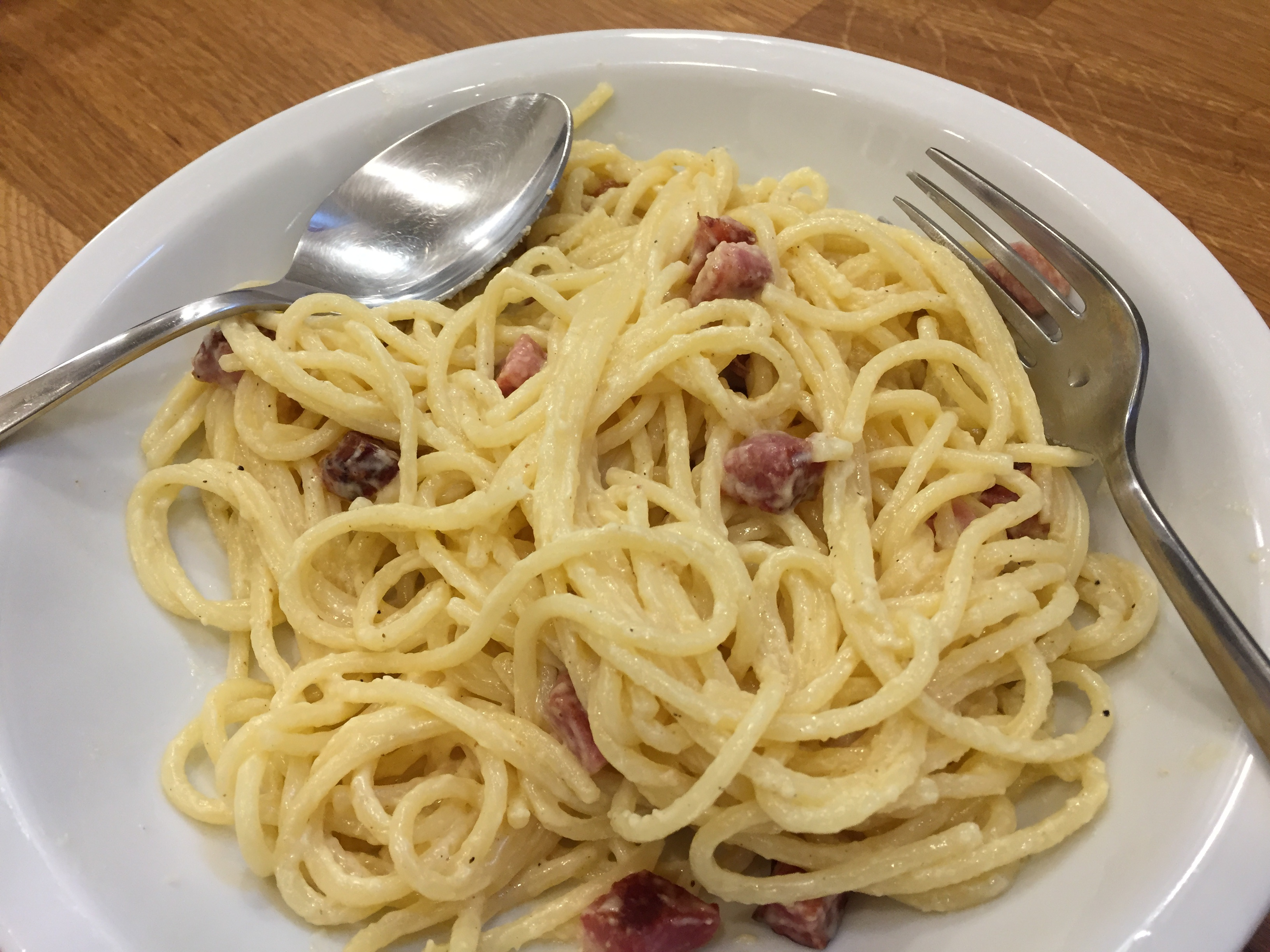 Hamis spagetti carbonara