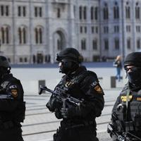 Titkos alaptörvény-módosítás véd meg a terrortól?