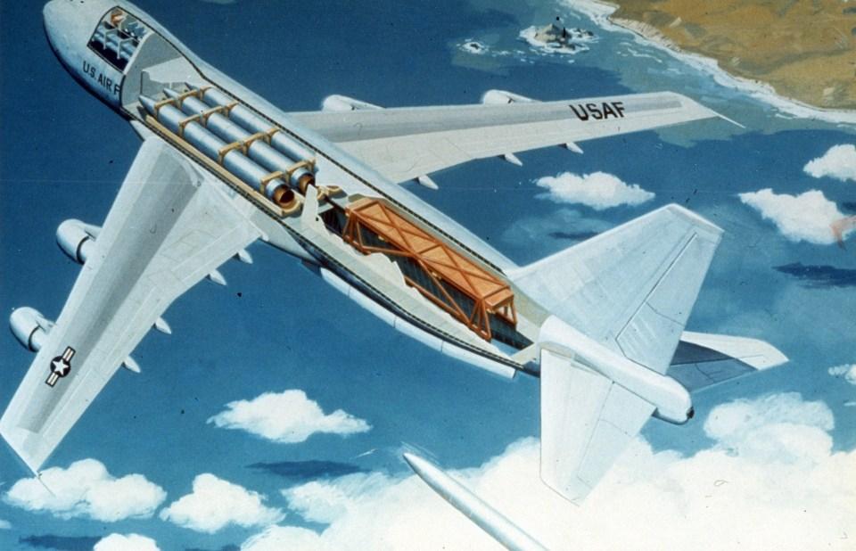747missilelauncher.jpg