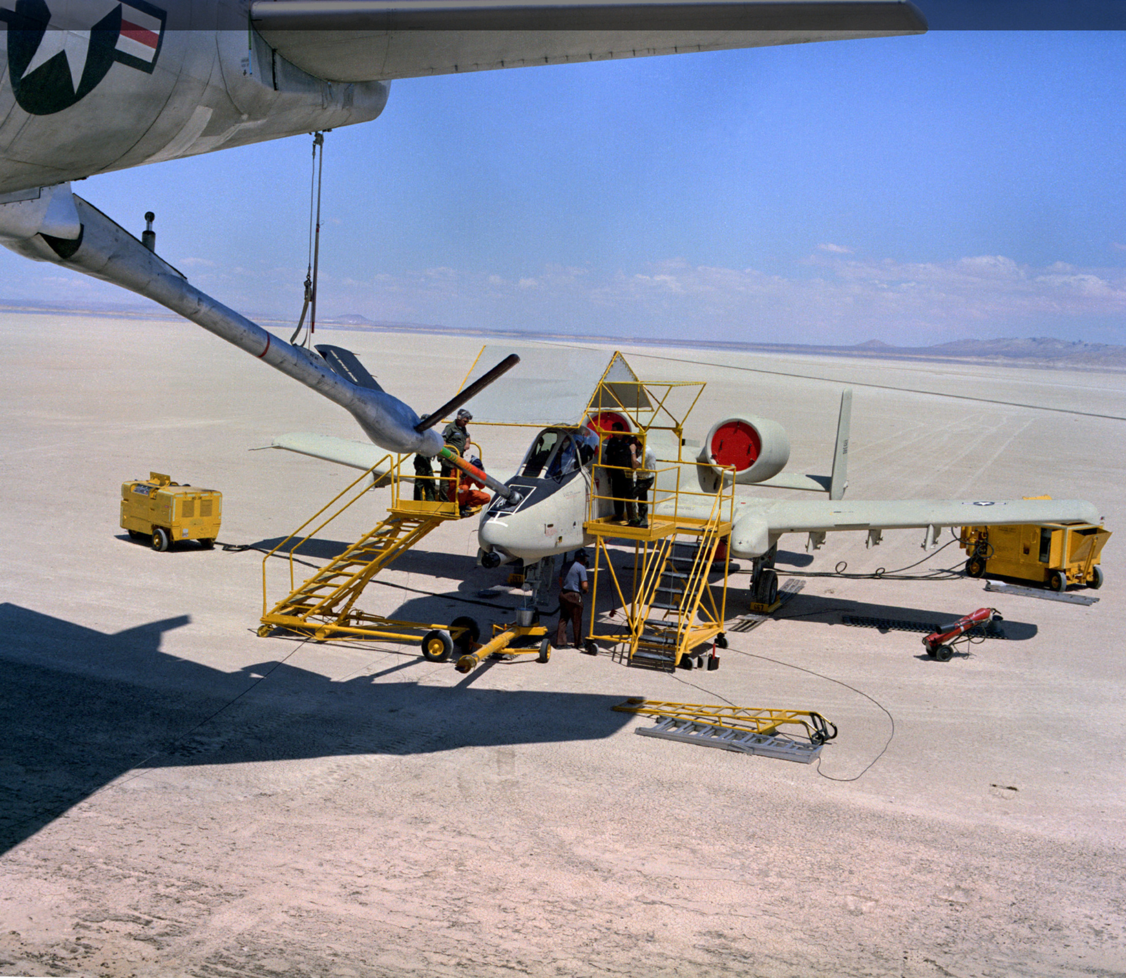 ya-10_aircraft_is_refueled_on_the_ground_by_a_kc-135_stratotanker_aircraft.jpg
