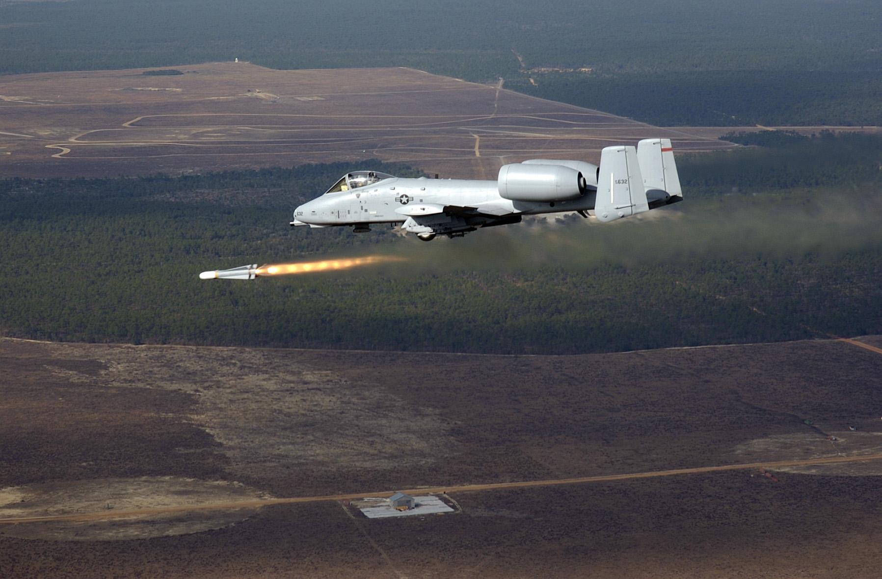 a-10_firing_agm-65.jpg