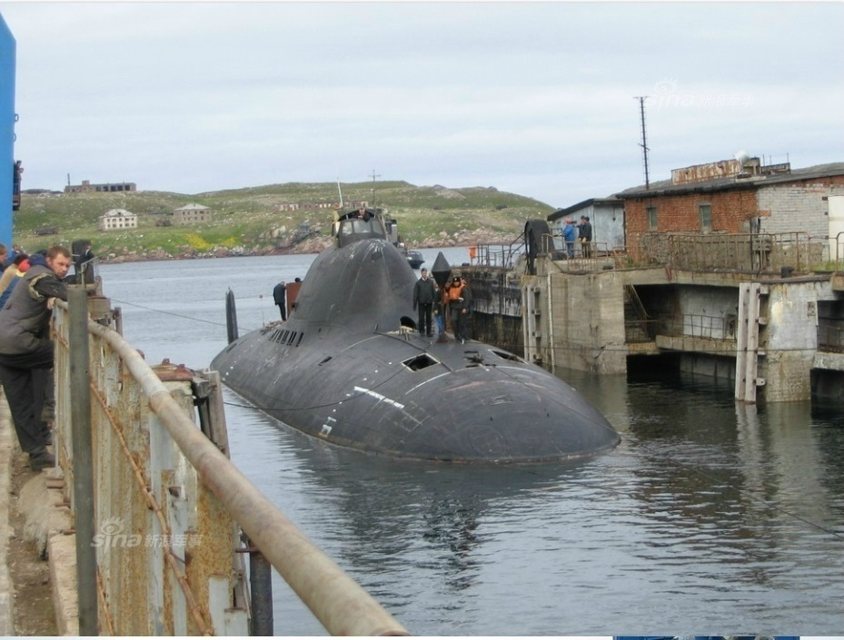 russian_nuclear_submarine_use_liquid_metal_cooling_reactor_10.jpg