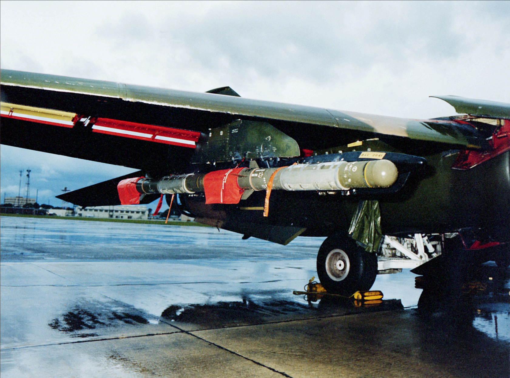 french_made_durandal_bombs_attached_to_the_wing_pylon_of_an_f-111_k.png