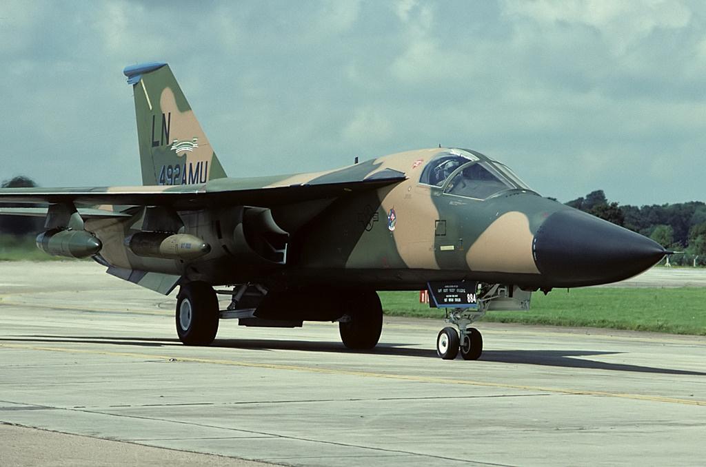 general_dynamics_f-111f_aardvark_usa_air_force_an1037099.jpg
