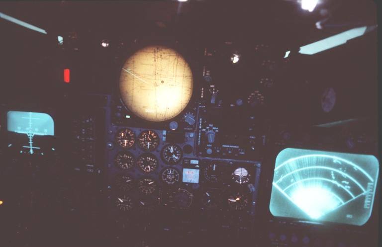 f-111d-mk-ii-cockpit-1.jpg