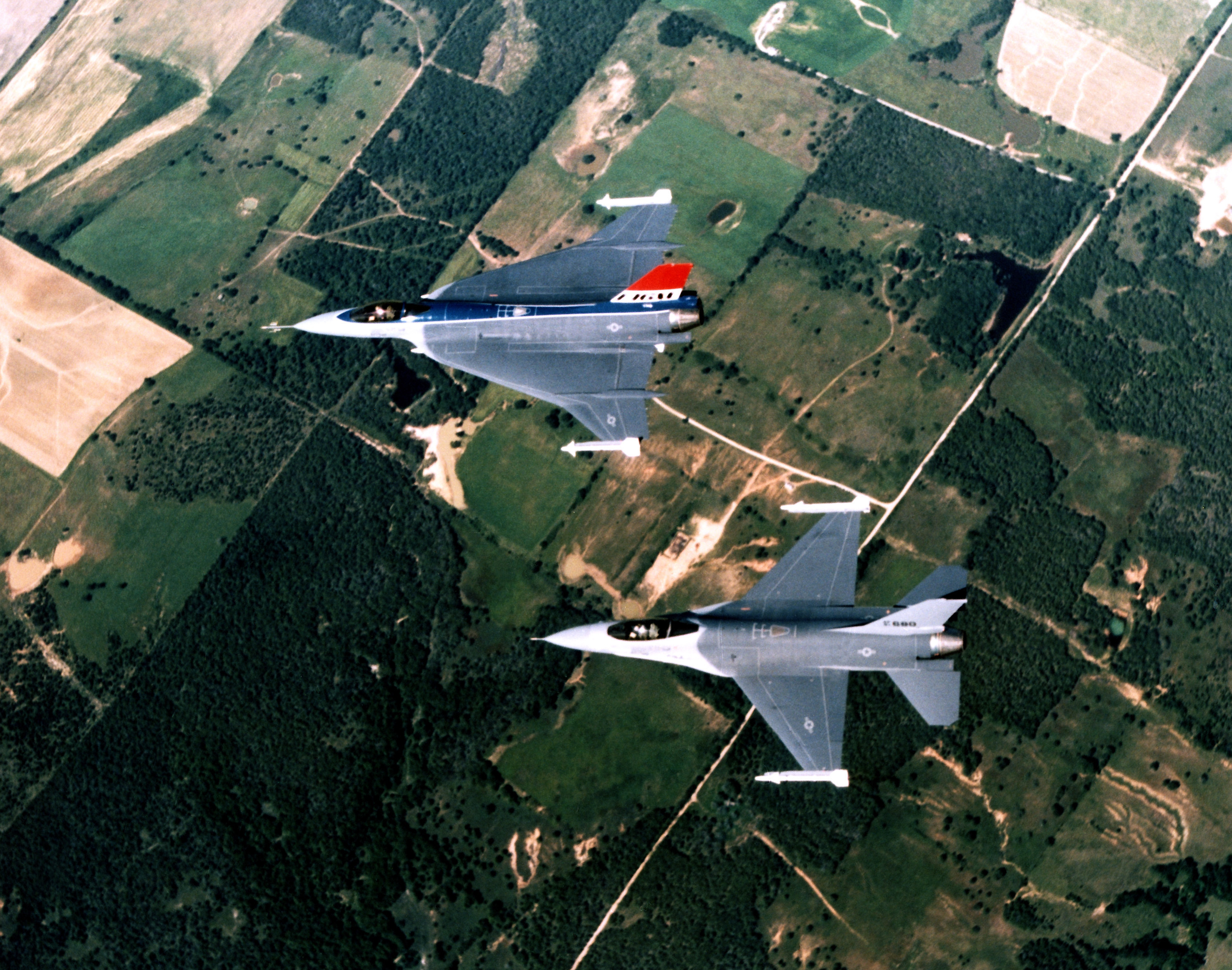 f-16_and_f-16xl_aerial_top_down_view.jpg
