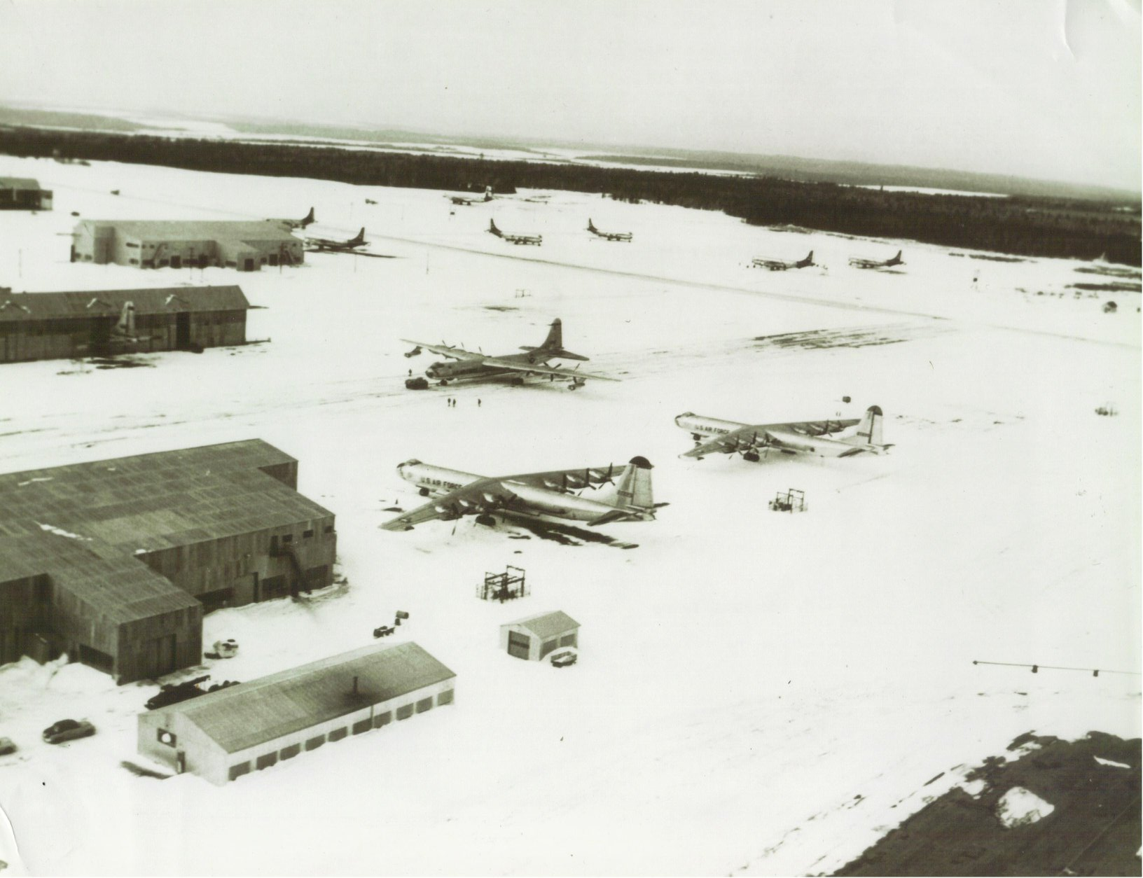 loring_afb_flight_line_winter_of_56_kc-97s_parked_in_the_background.jpg