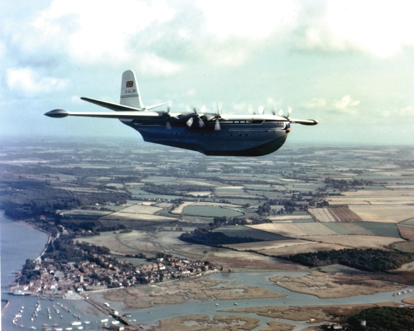 in_1952_the_saunders_roe_princess_becomes_the_largest_all-metal_flying_boat_in_the_world.jpg