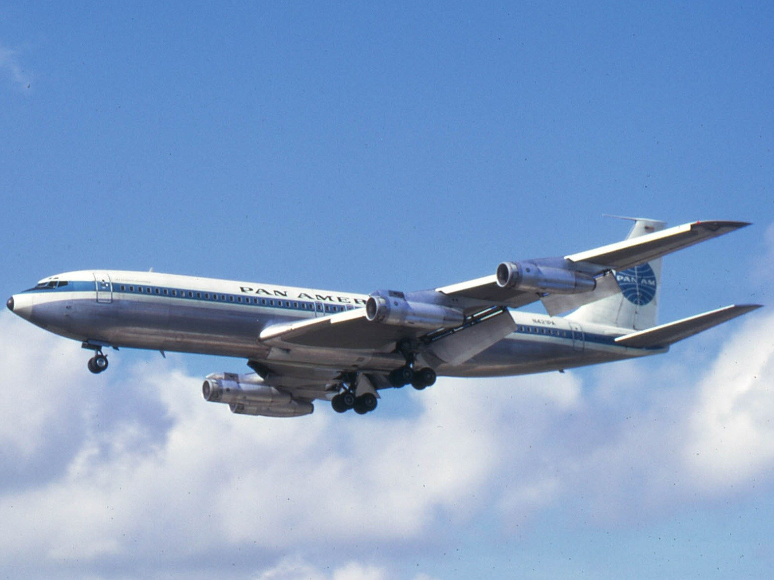 boeing_707-321b_n421pa_pan_american_world_airways_pan_am.jpg