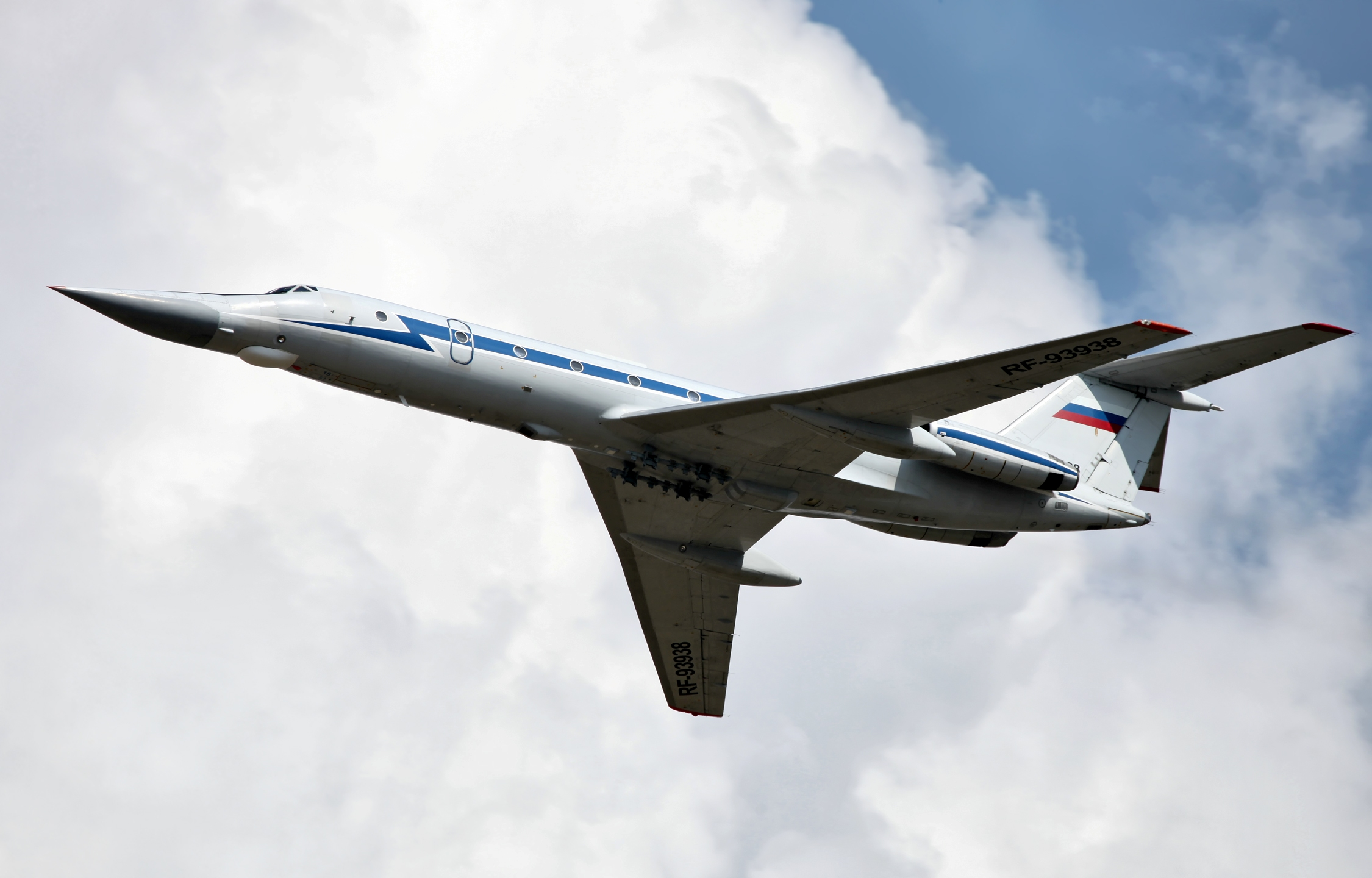 tupolev_tu-134ubk_in_flight_2.jpg