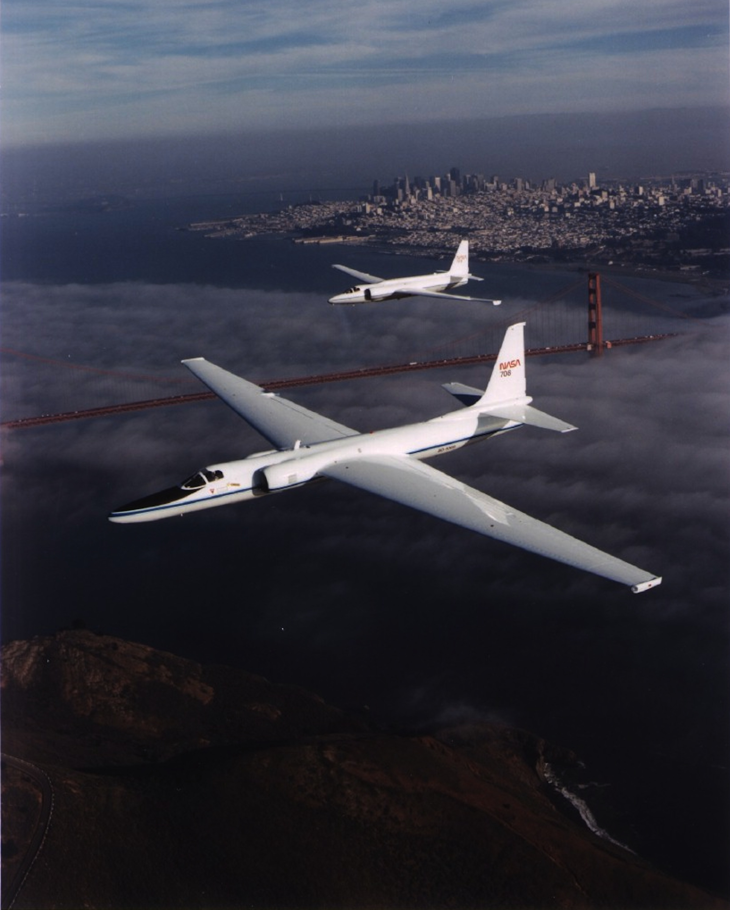 u2_110_er-2_and_u-2c_sfo_bridge.jpg