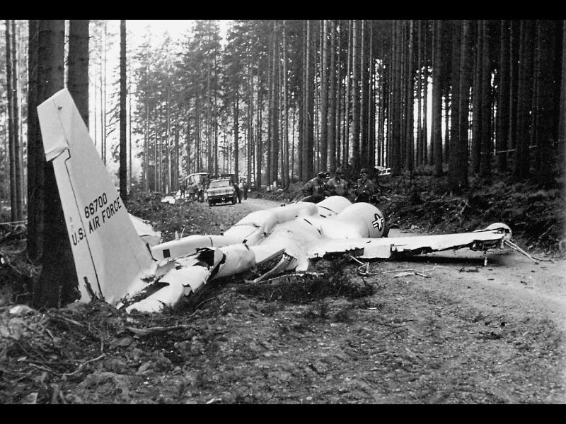 66700_wreckage.jpg