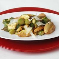 Semmise, avagy zöldspárga újkrumplival és cukkinivel