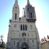 A zágrábi dóm, a város koronája