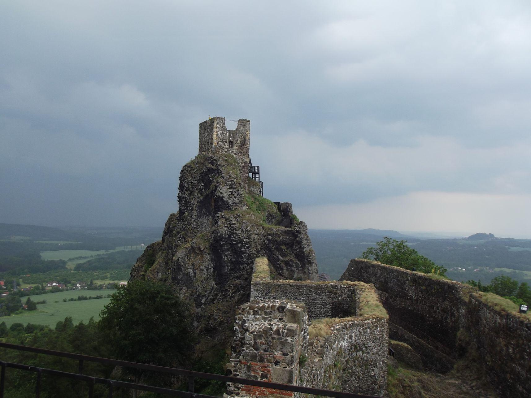 Trosky vára, az Öreganyó torony