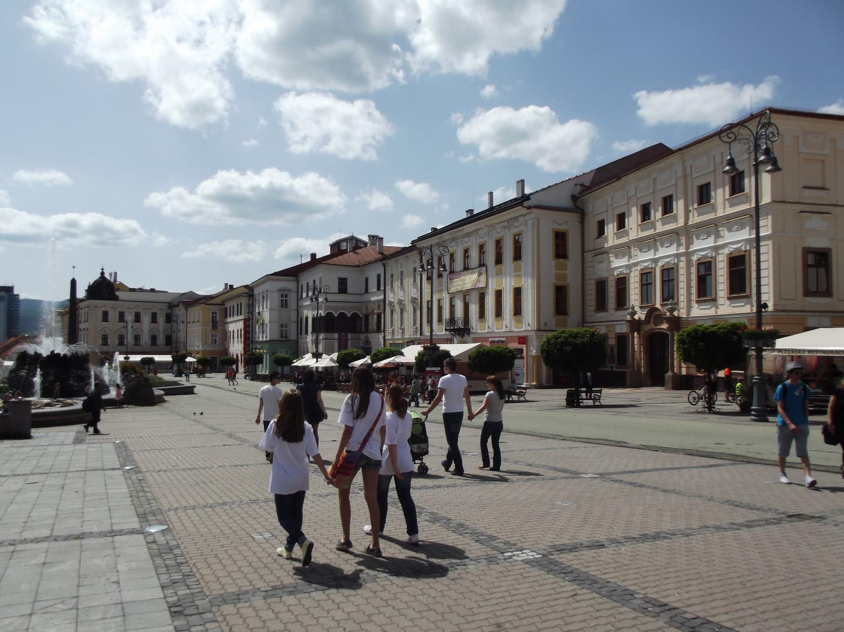 08_IV.Béla király tér