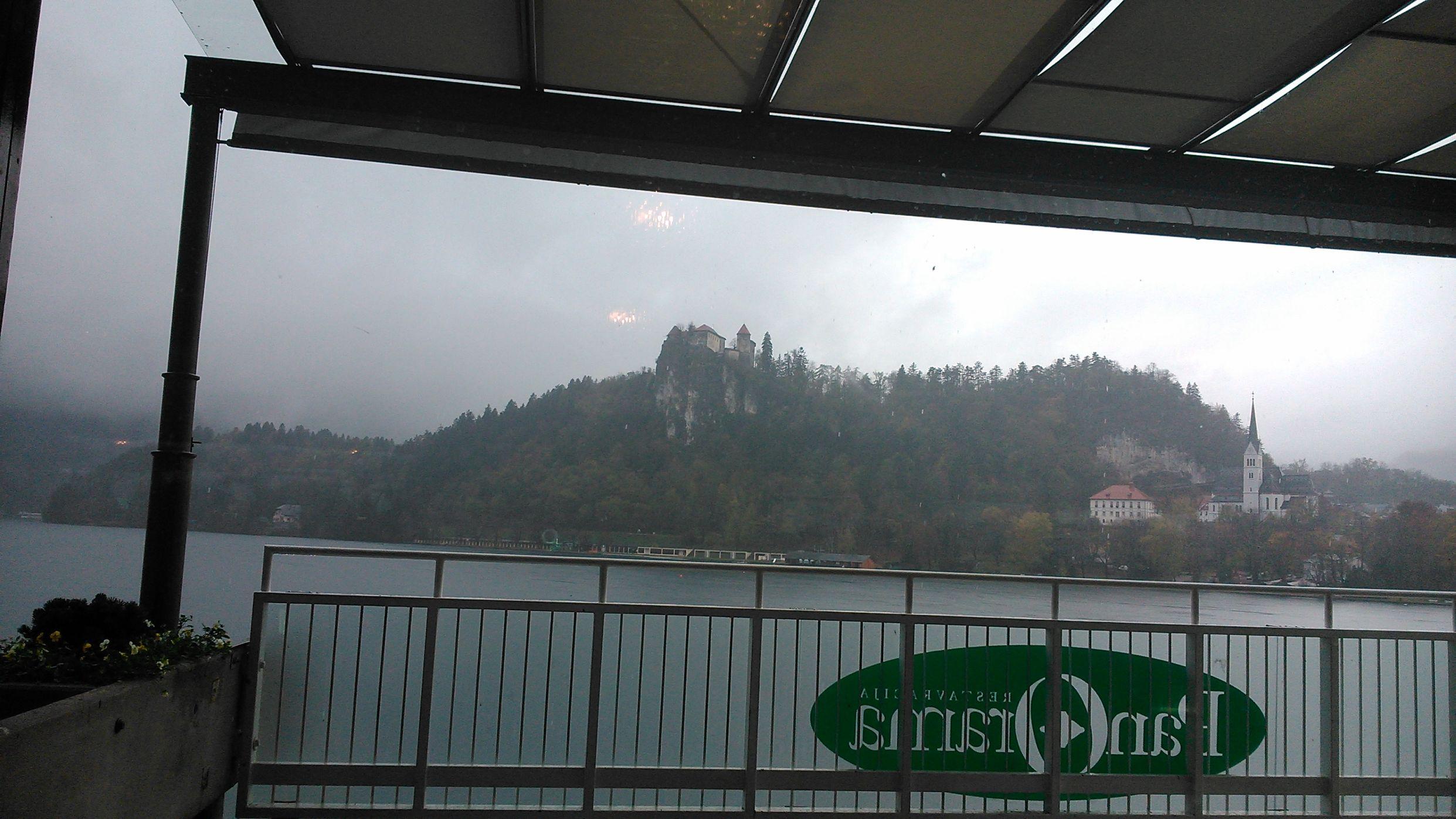 Kilátás a várra a Panoráma Étteremből