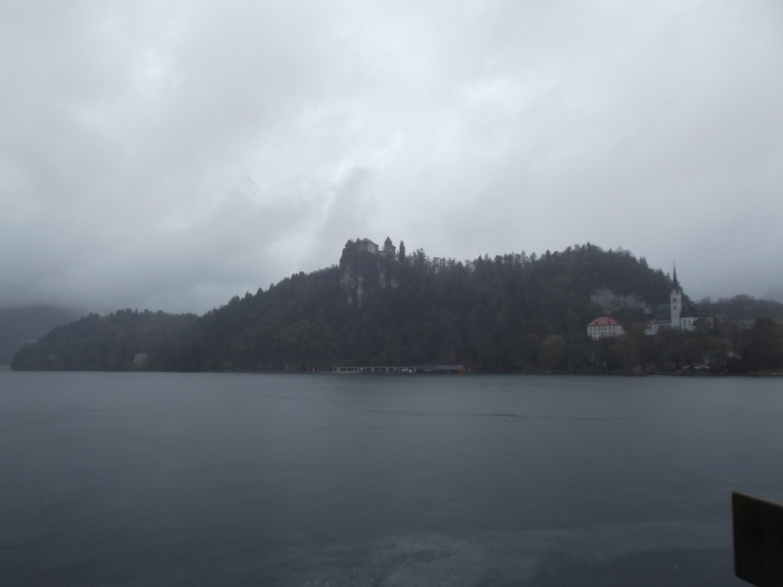 A vár a hajókikötőből