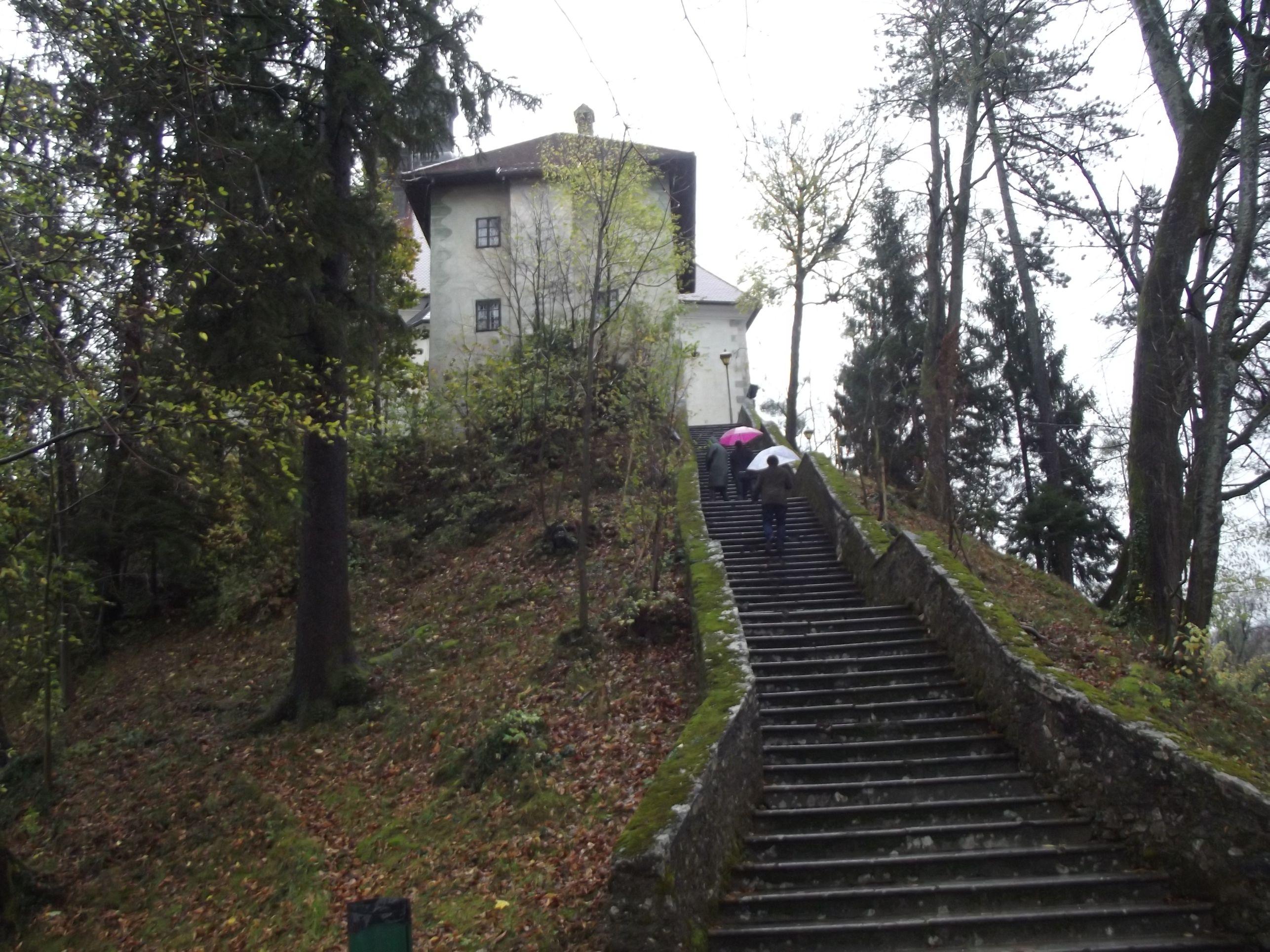 Ez nem az a bizonyos 99 lépcsőfok