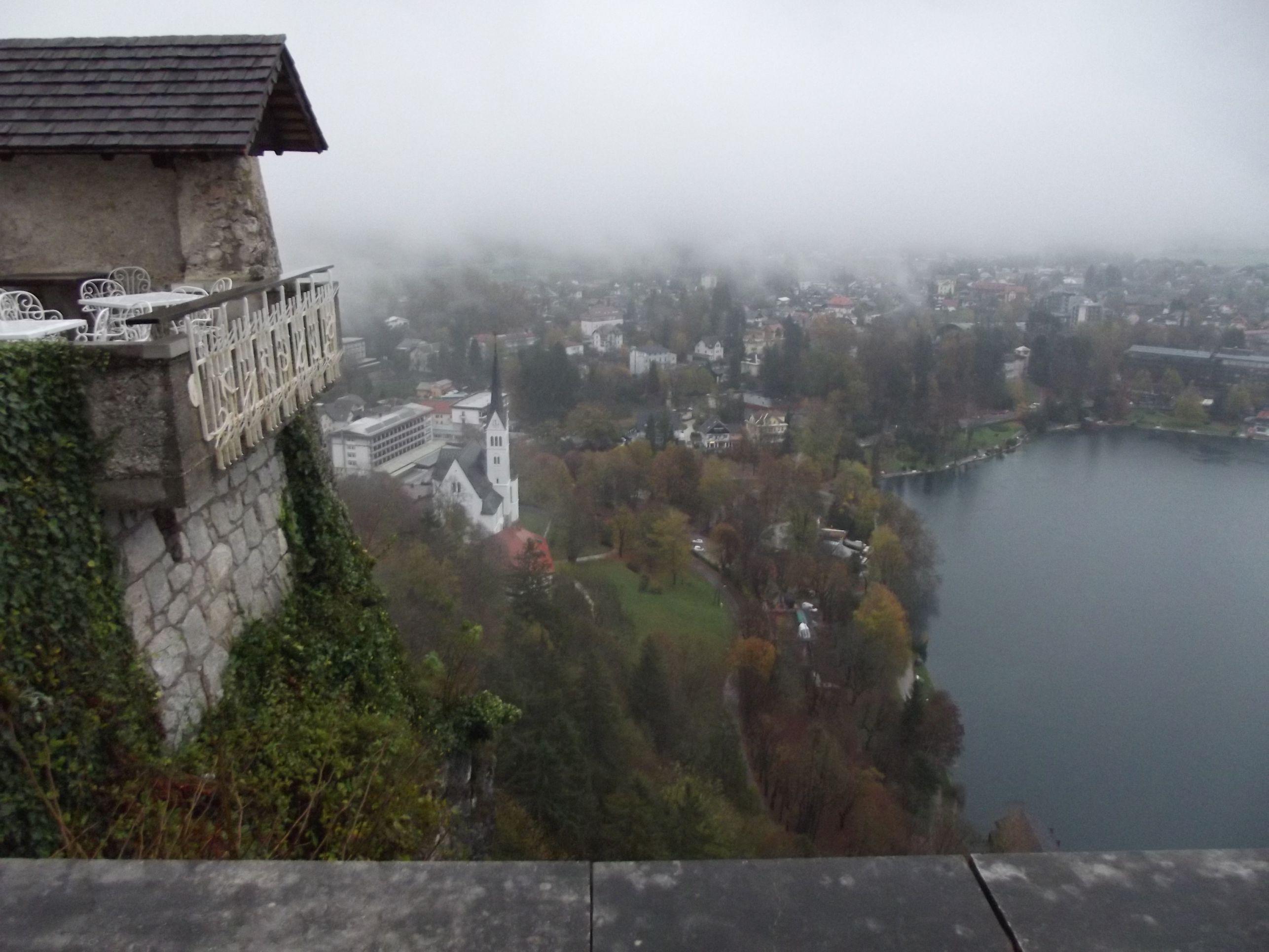 A város a várból