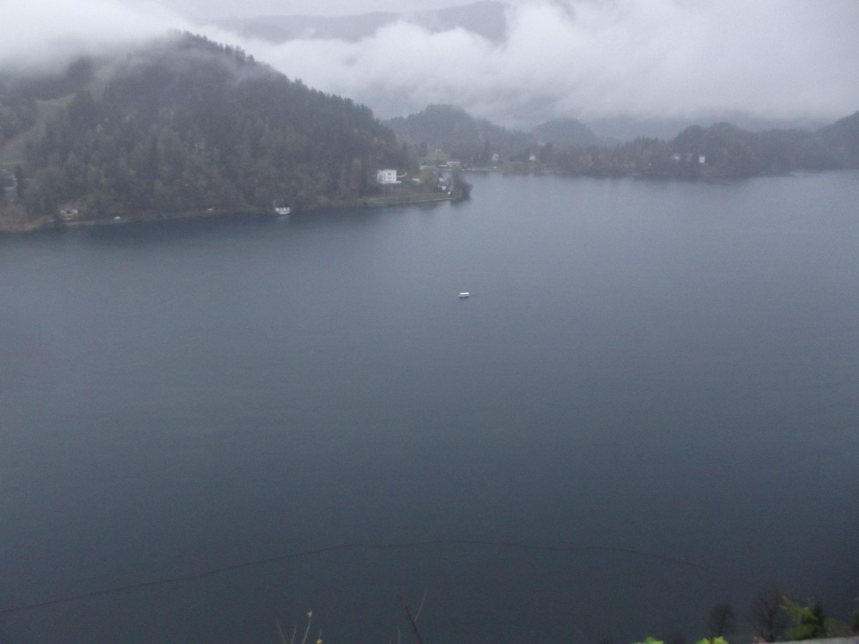 Kishajó útban a szigetről vissza