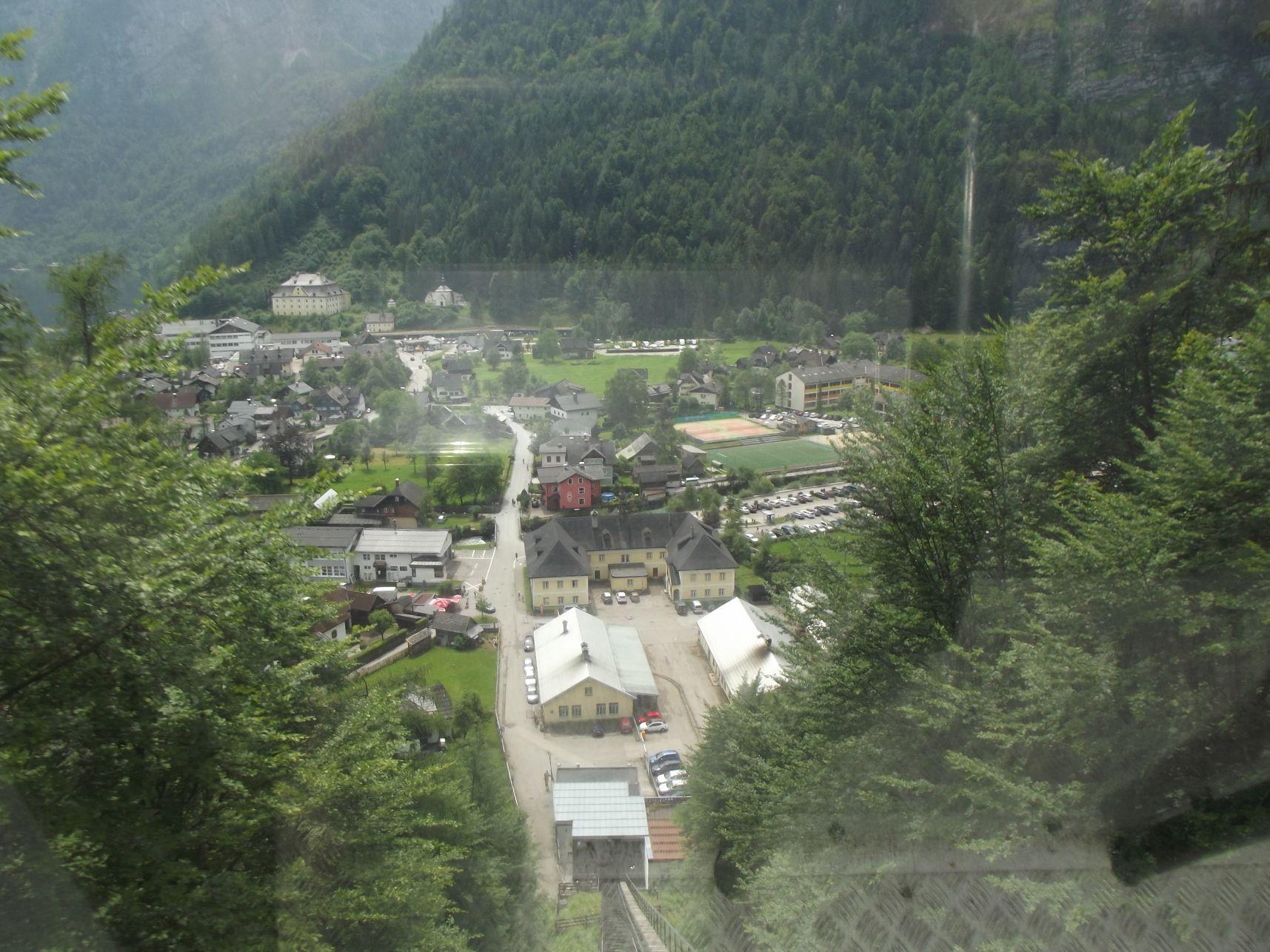 Kilátás a Salzbergbahnról