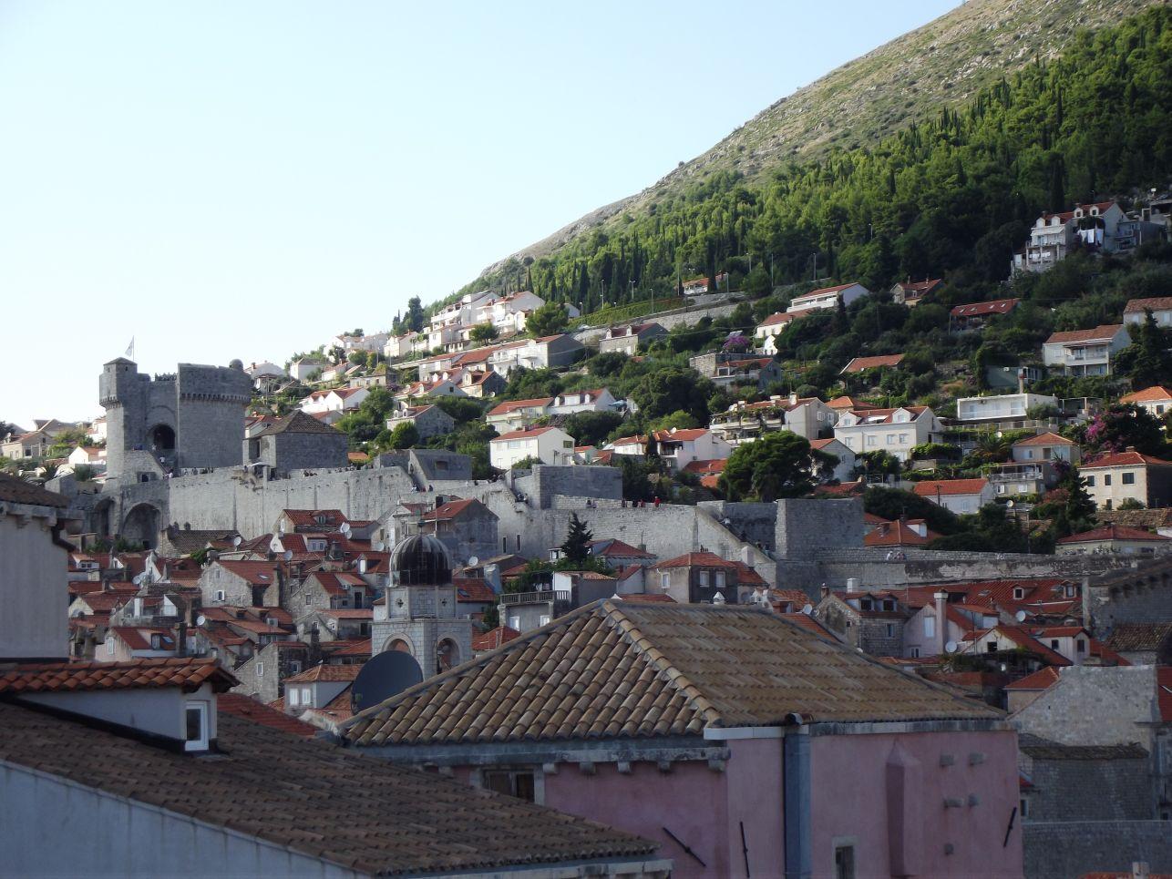 A városfal szárazföld felöli oldala