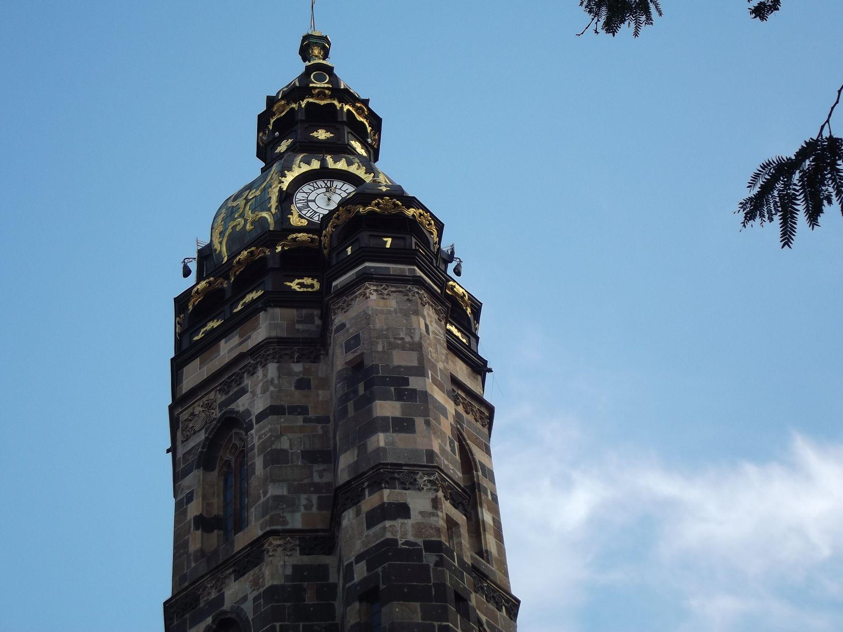05_Zsigmond-torony