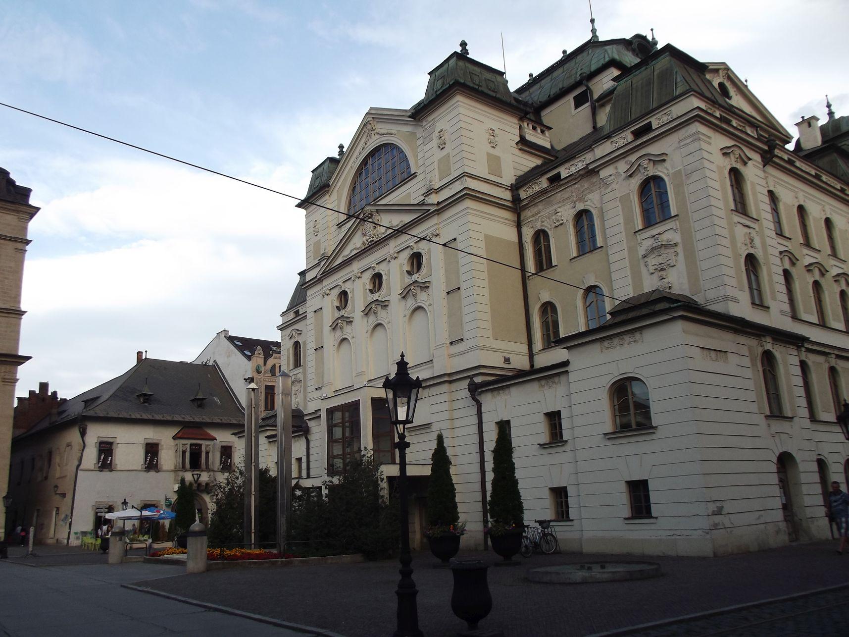 22_Állami Színház és Lőcsei-ház