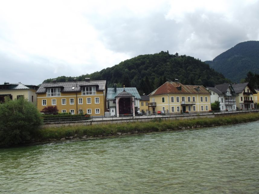 Bad Ischl, nyitott kápolna a Traun partján