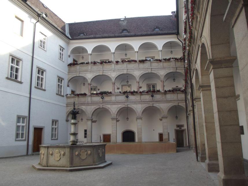 Linz, Landhaus