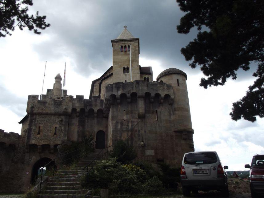 Mödling, Liechtenstein vár