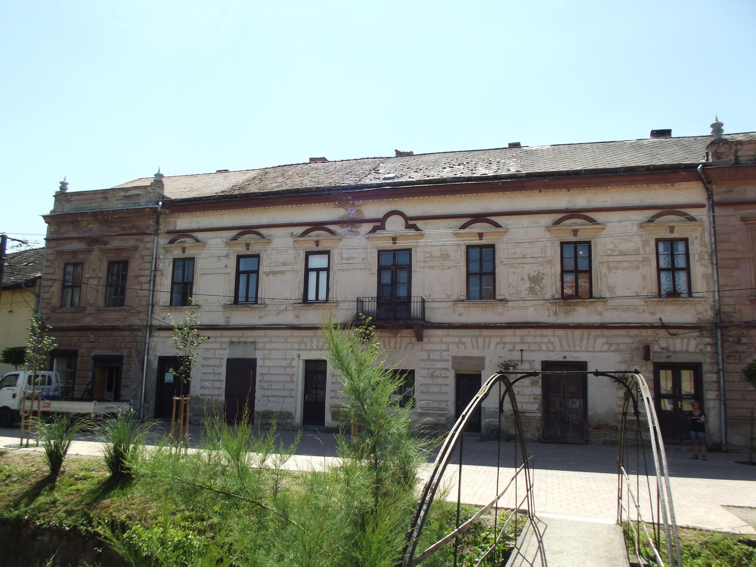 Polgári ház a Kossuth utcában