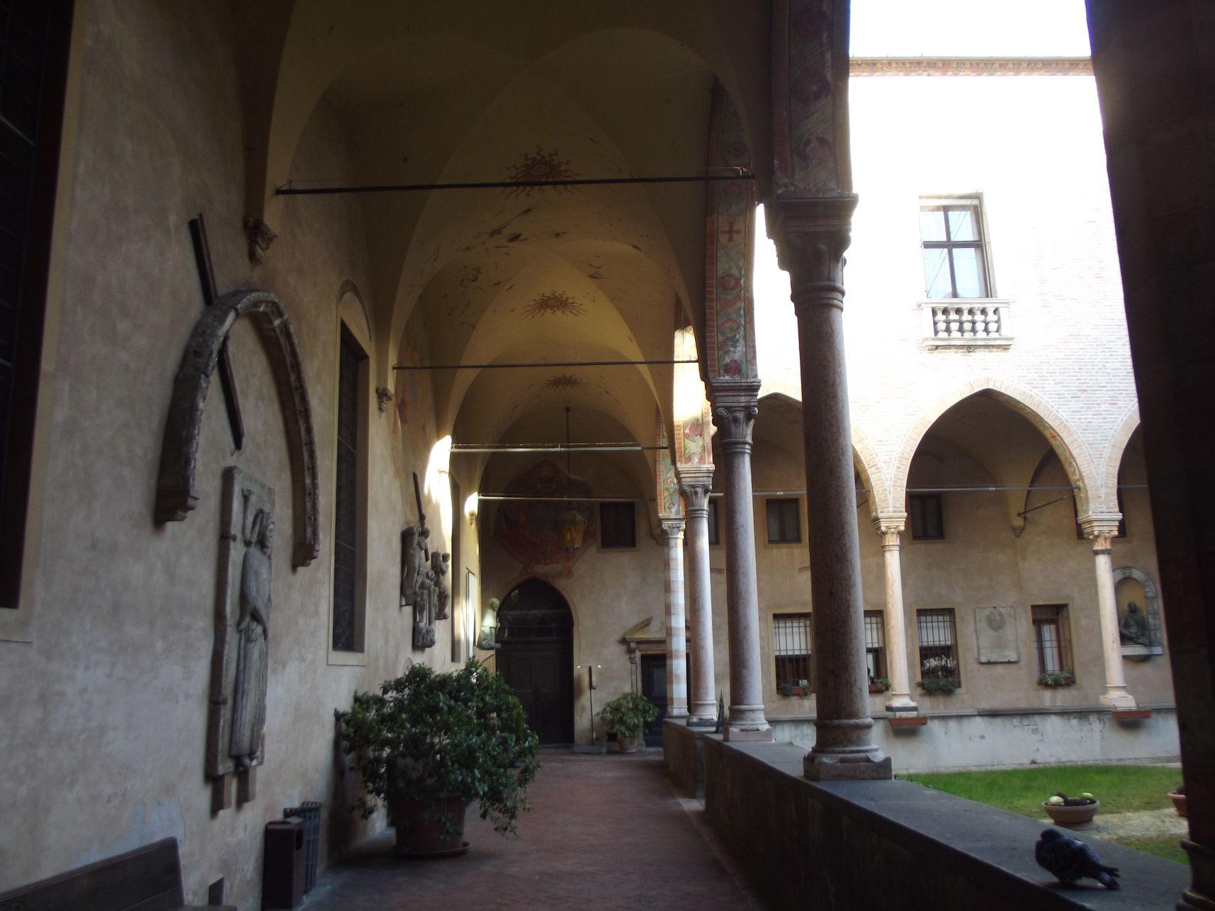 A Bazilika egyik udvara