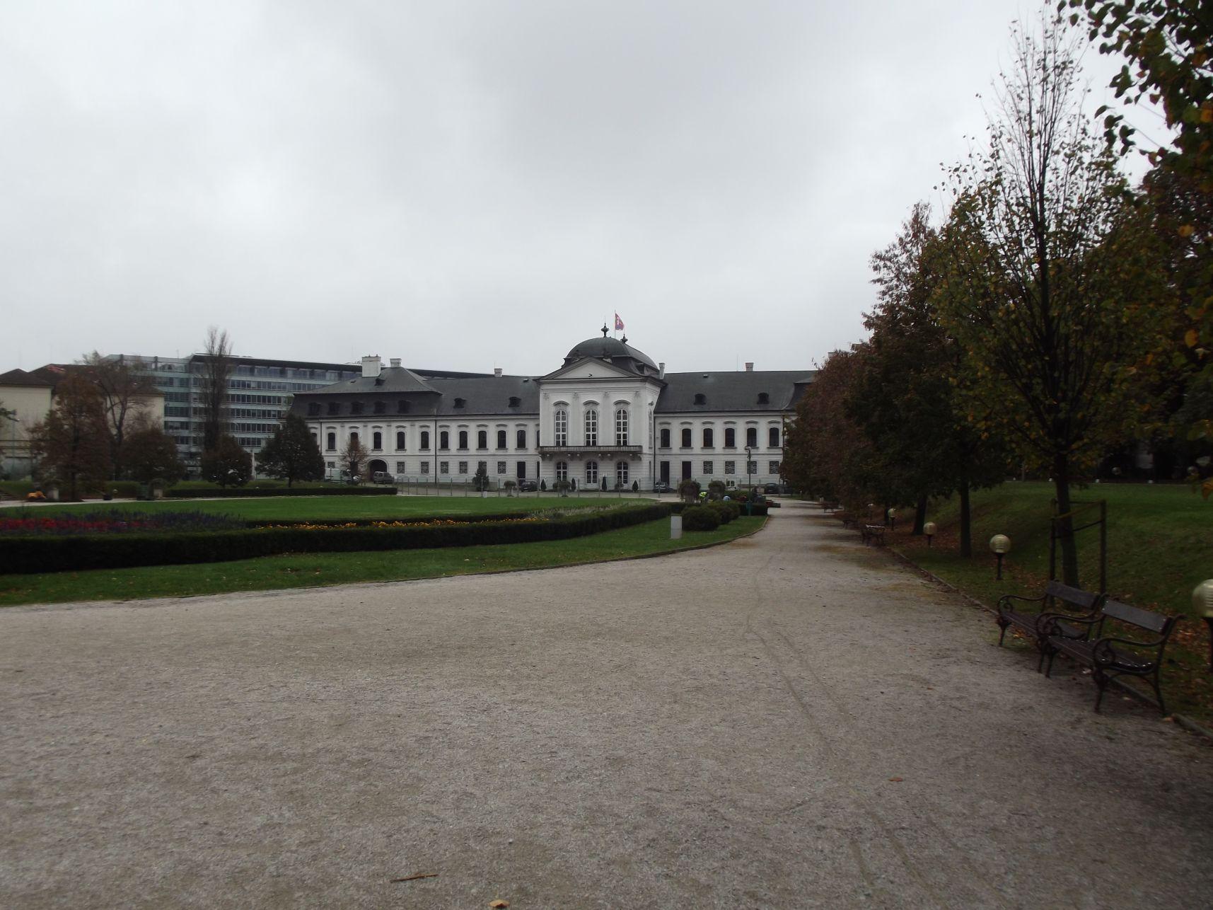 A Grassalkovich Palota parkja