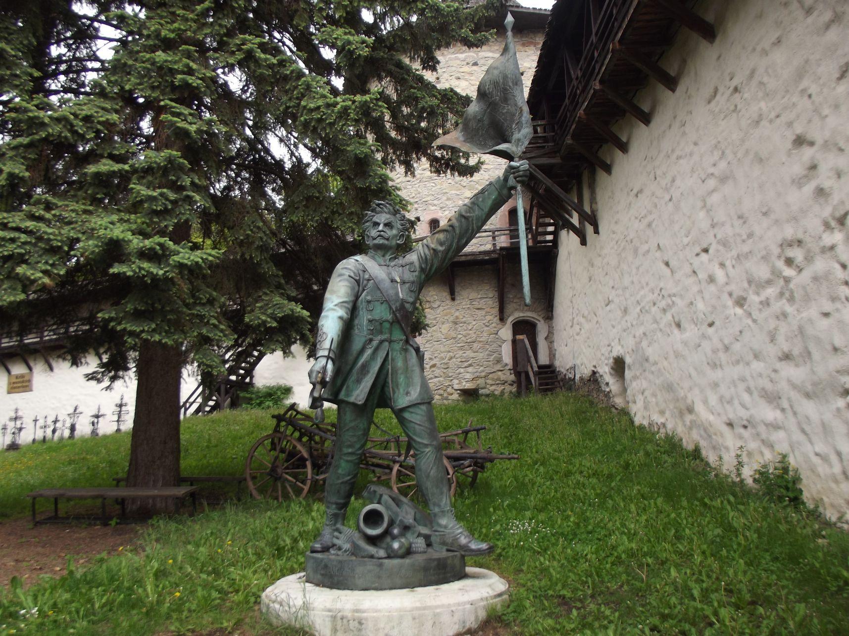 Honvéd szobor