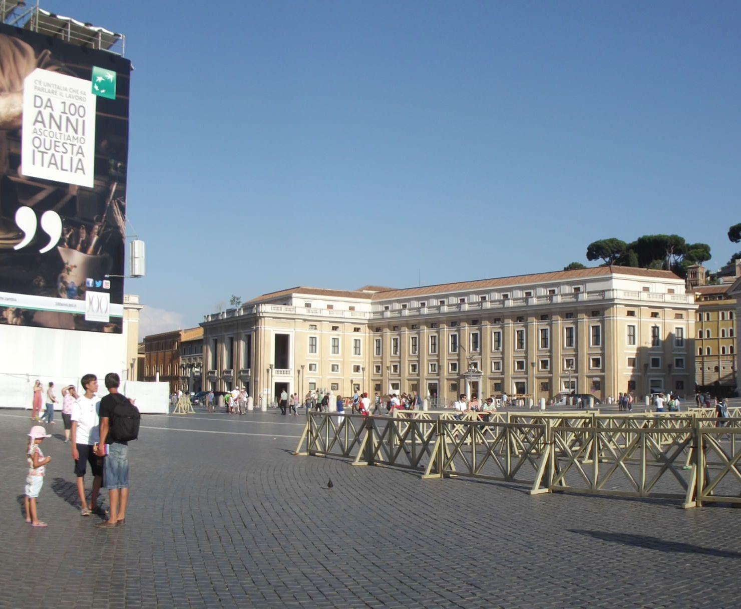 10_XII. Piusz tér