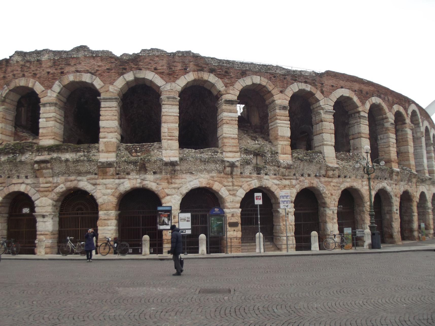 Amfiteátrum