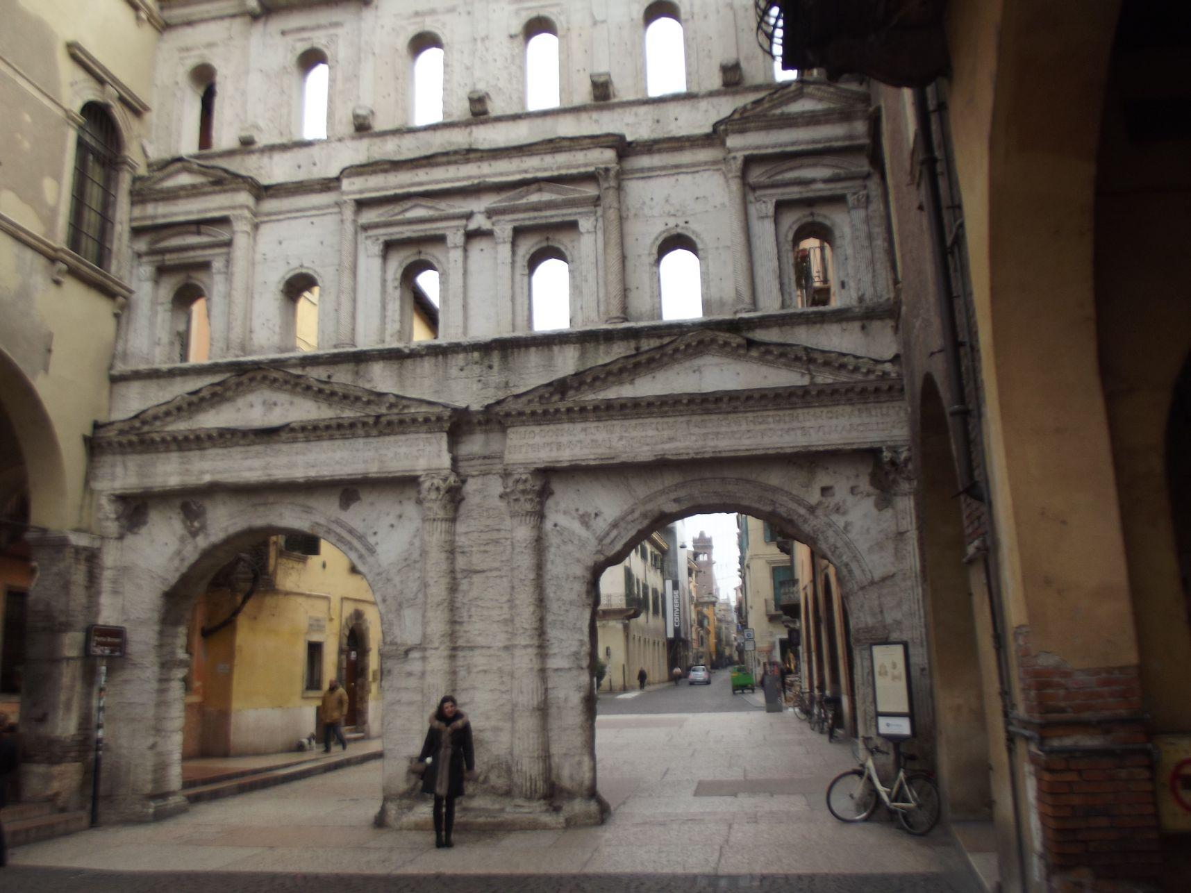 Porta Borsari
