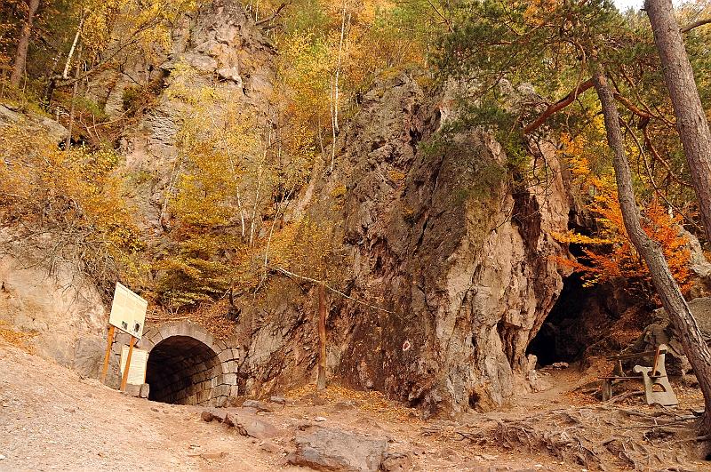 Büdös-barlang (Forrás: www.bille.hu)