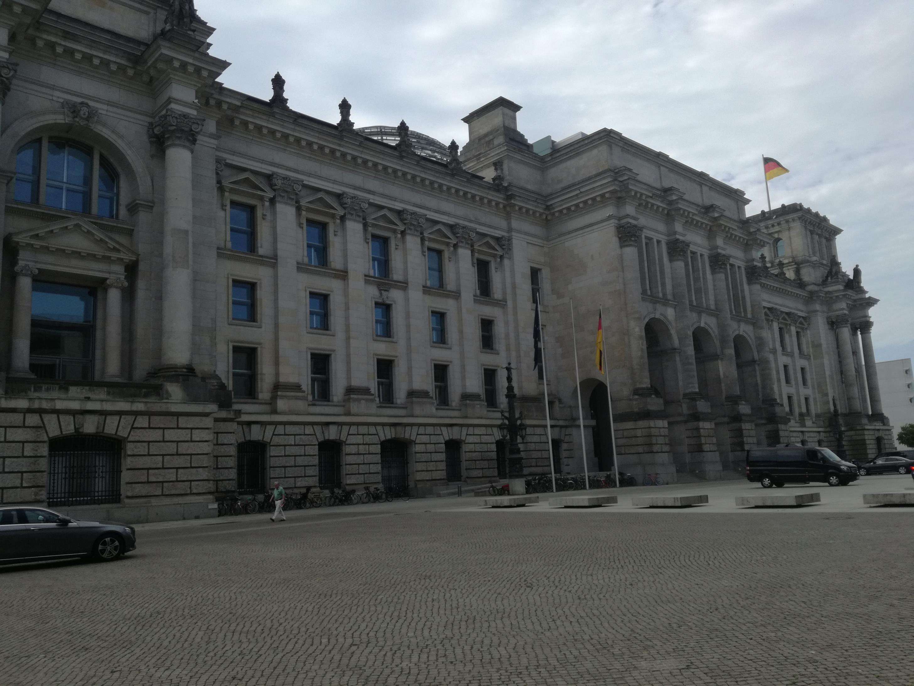 A Reichstag