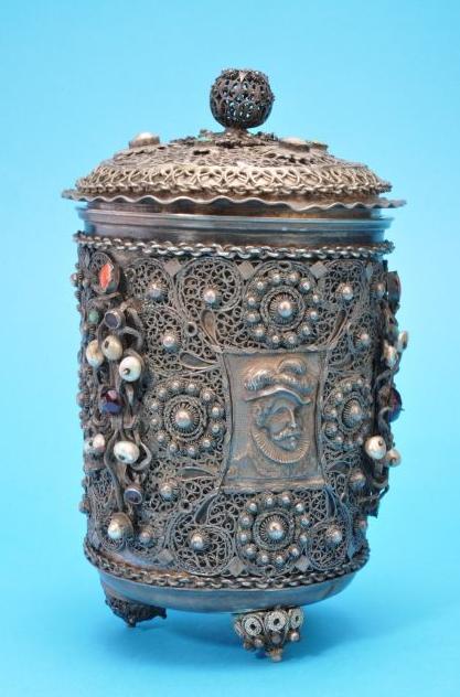 530 g-os sörös korsó (Forrás: www.museofiligrana.org)