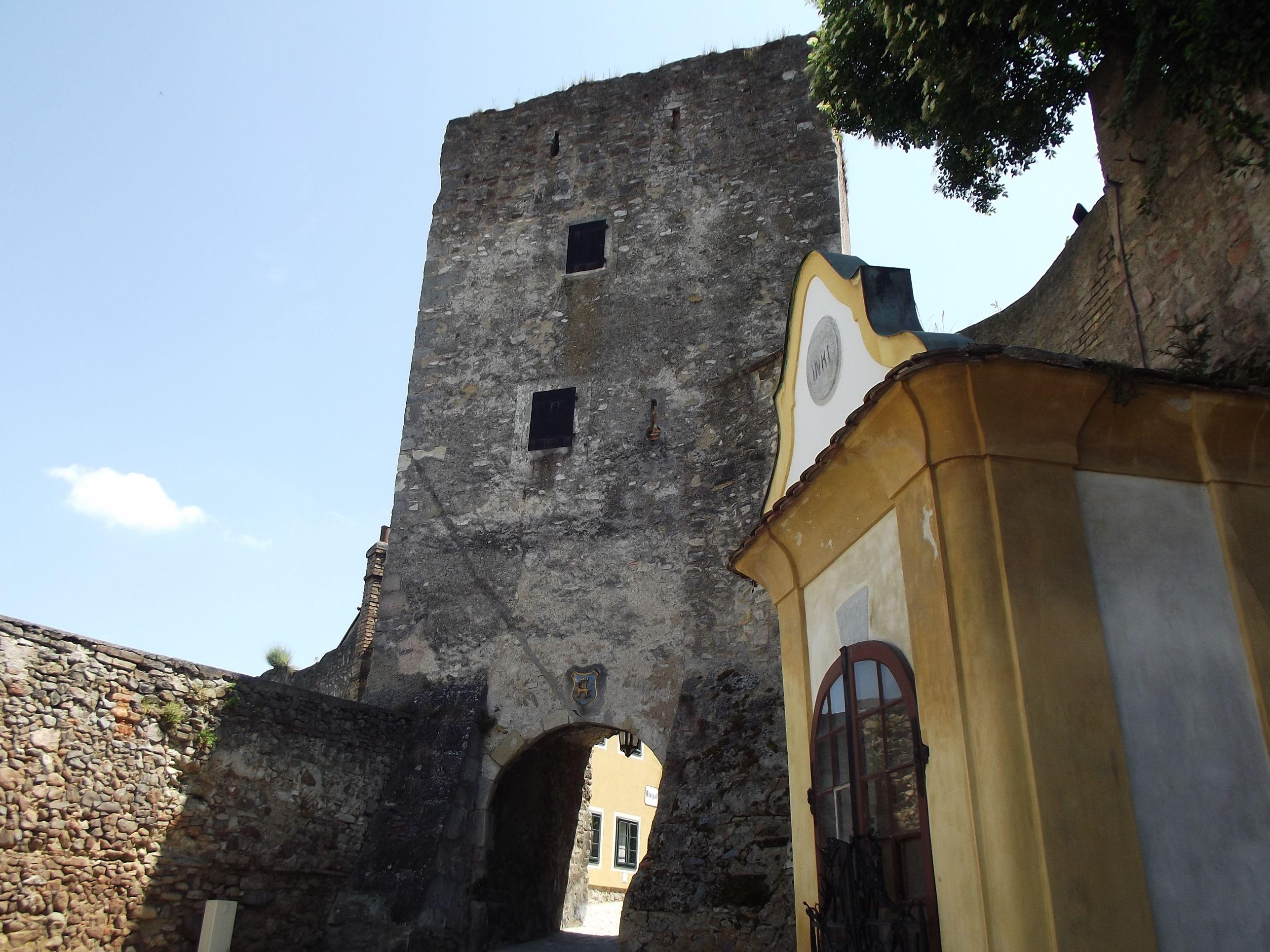Halász kapu és a kápolna