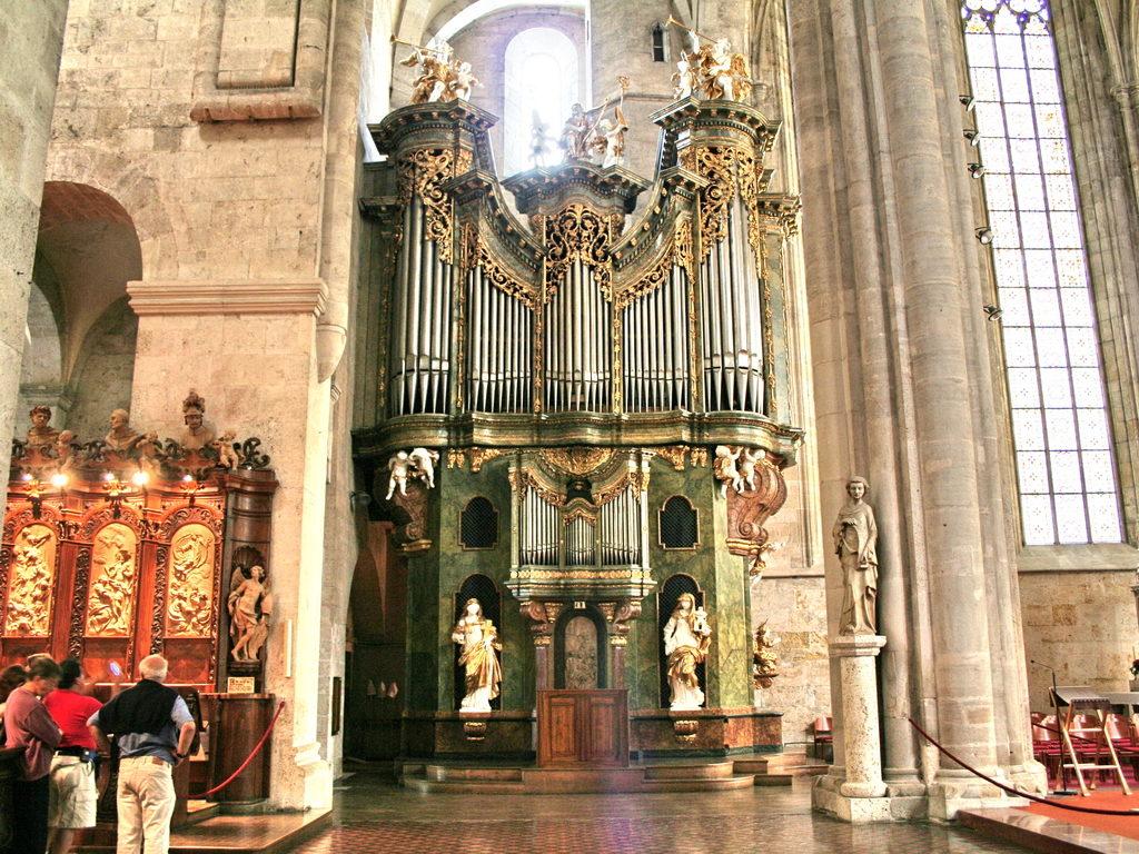 Az orgona (Forrás: www.stift-heiligenkreuz.org)