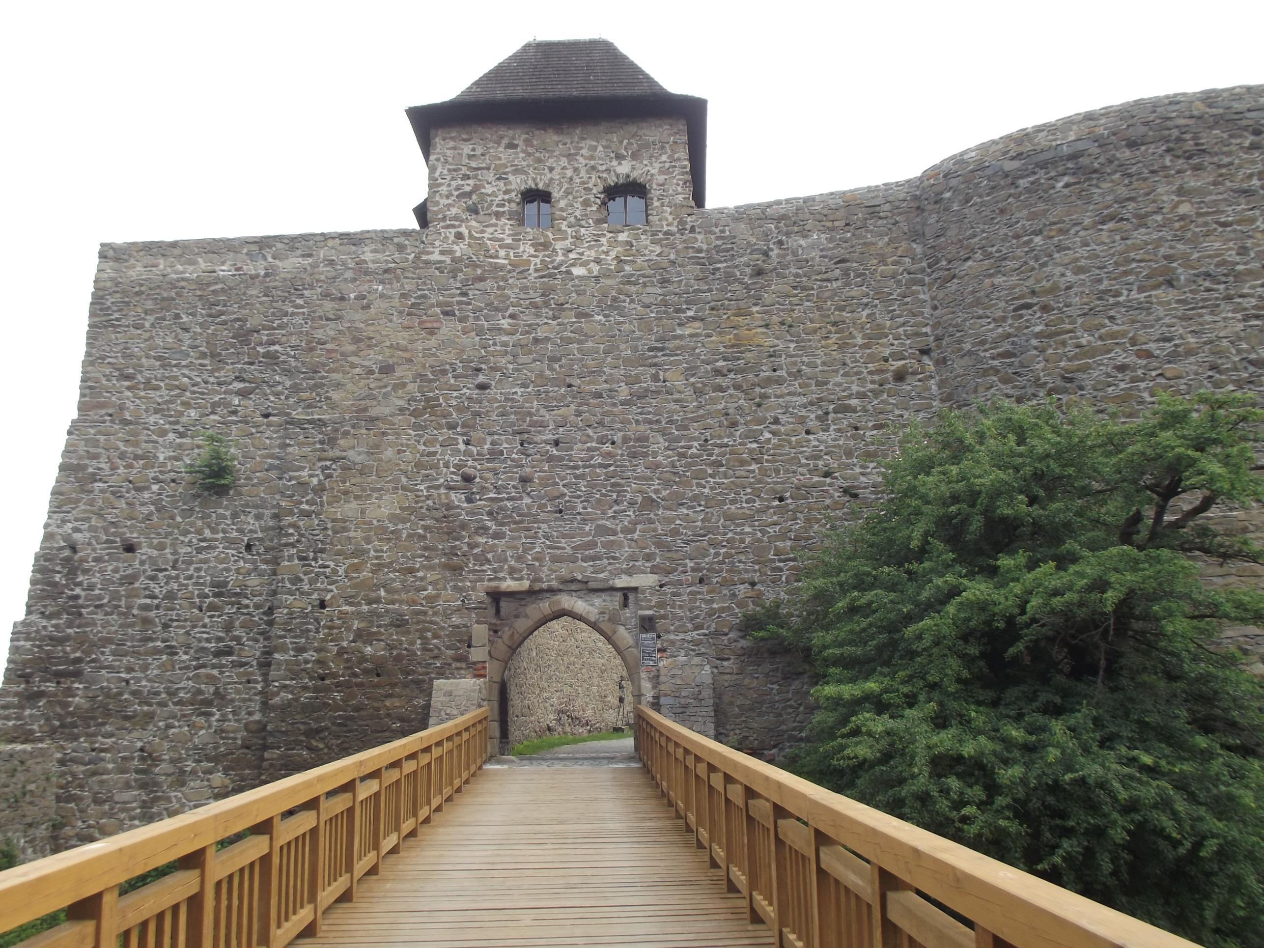 Első kapu